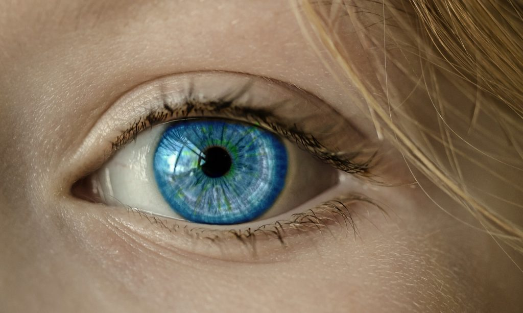 Vreau sa am ochi albastri tpu